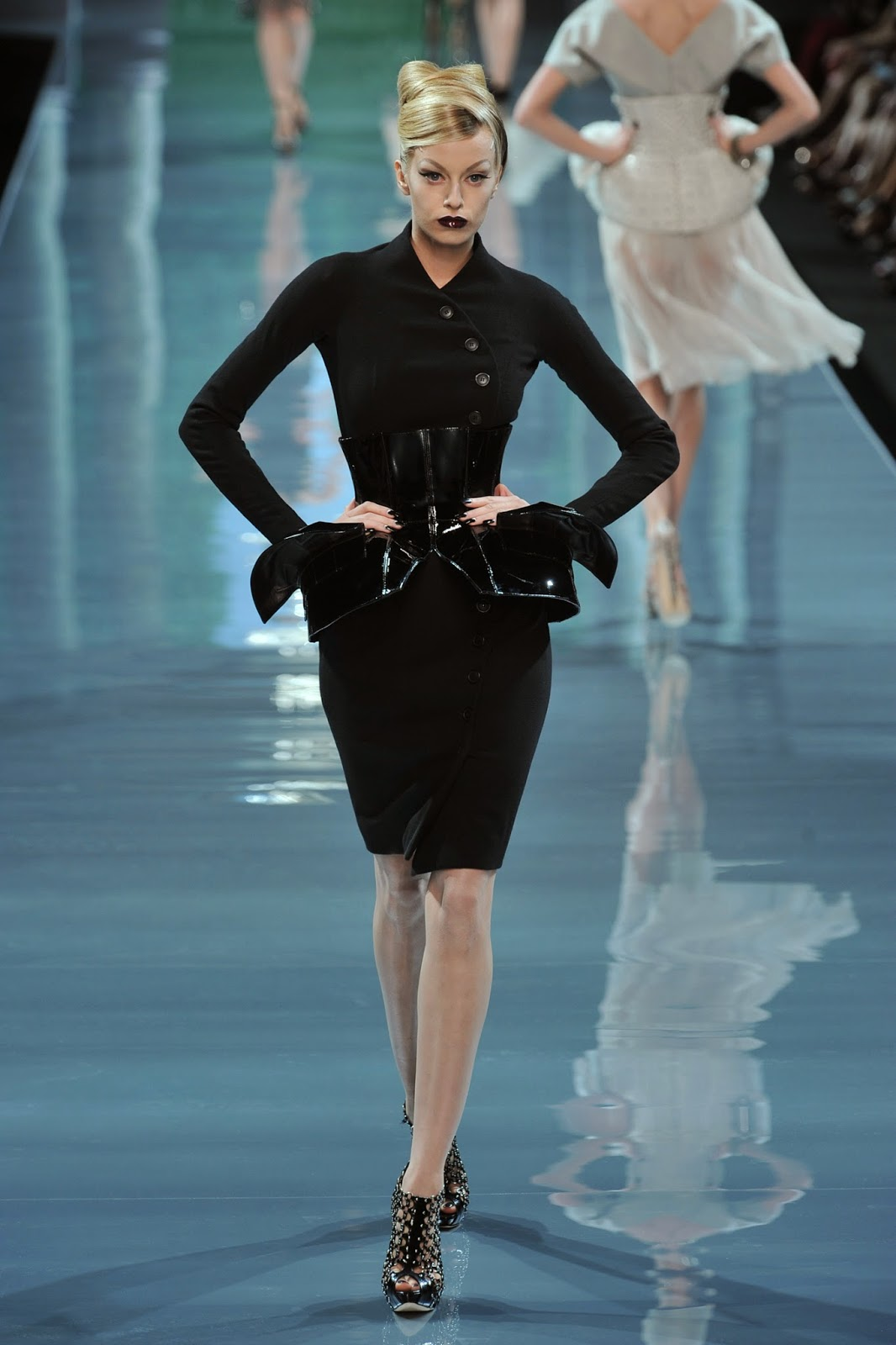 Fashion week Couture dior 08 couture new look for woman