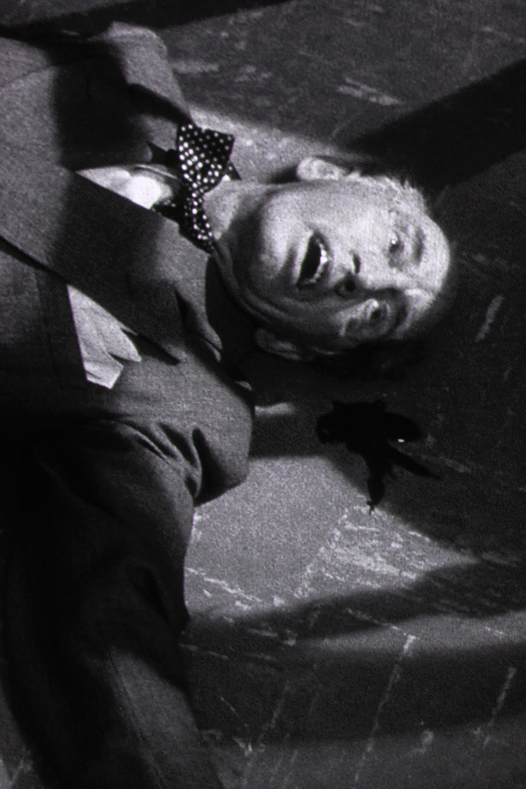 a movie analysis of kiss me deadly by robert aldrich Kiss me deadly blu-ray (1955): starring ralph meeker, albert  film-noir  a  week later, it will release kiss me deadly (robert aldrich,.
