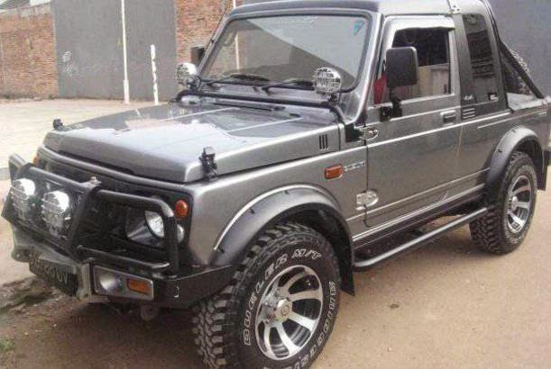 Contoh modifikasi mobil Suzuki Katana GX