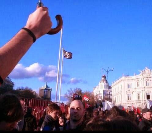 Bandera anarquista en Madrid 22M,Bandera Anarquista,Anarquistas,22M,Anarchists, Anarchist, Anarchy, Anarchism, Anarquistas, Anarquista, Anarquía, Anarquismo, 无政府主义者,无政府主义者,无政府状态,无政府主义, Анархисты, анархист, Анархия, Анархизм, アナキスト、アナーキスト、アナーキー、アナキズム, Anarchisten, Anarchist, Anarchie, Anarchismus,Les anarchistes, anarchiste, anarchie, anarchisme,Gli anarchici, anarchico, Anarchia, anarchismo,Anarkister, anarkist, anarki, anarkism,Anarchisten, Anarchist, Anarchy, Anarchisme,Anarchiści, anarchista, Anarchia, Anarchizm,Anarhiști, anarhist, Anarchy, Anarhism,Анархісти, анархіст, Анархія, Анархізм,Анархистите, Anarchist, Anarchy, Анархизмът,Anarşistler, Anarşist, Anarşi, Anarşizm,Οι αναρχικοί, Αναρχικός, Αναρχία, Αναρχισμός,Anarkistar, Ärás, Anarchy, Stjórnleysisstefna,Anarkistit, anarkistinen, Anarchy, Anarkismi,Anarchisté, anarchista, anarchie, anarchismus,아나키스트, 무정부주의, 무질서, 무정부주의, อนาธิปไตยอนาธิปไตย, อนาธิปไตยอนาธิปไตย,Vô chính phủ, vô chính phủ, Anarchy, nghĩa vô chính phủ,Anarhistid, anarhist, Anarchy, Anarhism,Anarchistai, anarchistų, Anarchija, Anarchizmas,Anarhisti, anarhistu, anarhija, Anarhisms, Anarchists, анархист, эмх замбараагүй, анархизмын,Flen, qaswadayaasha, Anarchy, Anarchism,Anarchisti, anarchista, anarchia, anarchizmus,Anarhisti, anarhist, Anarchy, Anarhizem,Anarquistes, Anarquista, Anarquia, Anarquisme,Анархісты, анархіст, Анархія, Анархізм,Anargiste, Anarchist, anargie, Anarchism,Anarchists, անարխիստ, անարխիա, anarchism,Izidlamlilo, Anarchist, neziyaluyalu, Anarchism,Utawala huria, Anarchist, Anarchy, Anarchism,