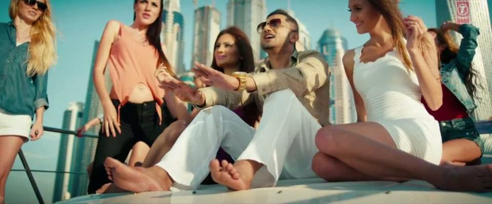 One Bottle Down - Yo Yo Honey Singh (2015) Official Video Song HD 720p Free Download And Watch Online at FullMoviez