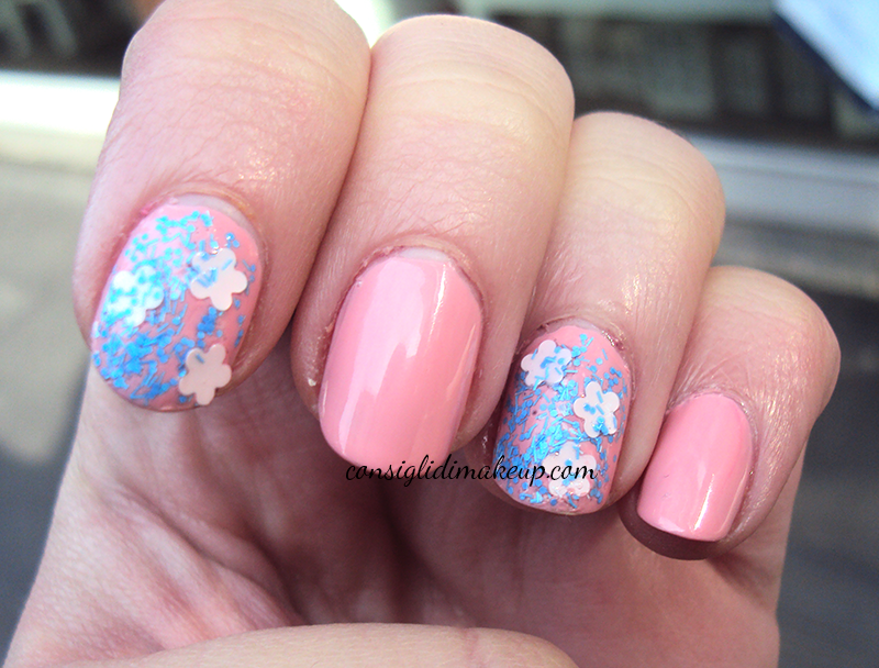 NOTD: QueensGate Floral Nails + Warwick Avenue - Nails Inc