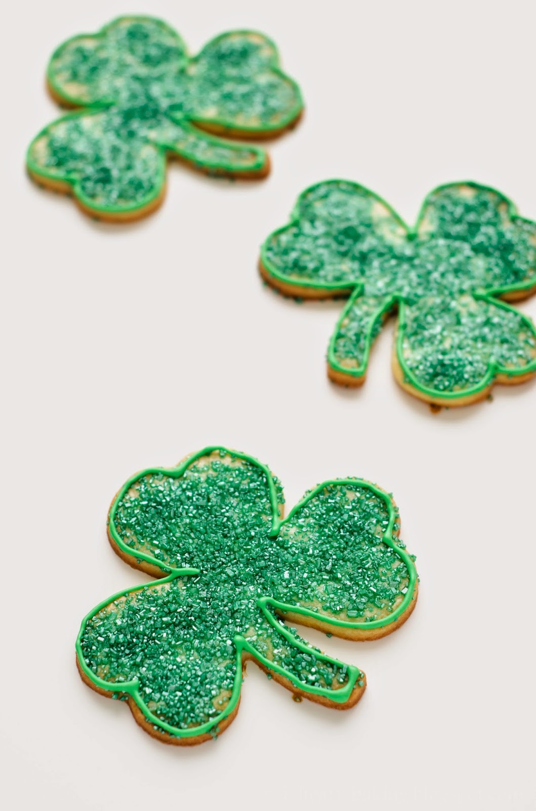 i heart baking glittery shamrock cookies for st patrick u0027s day