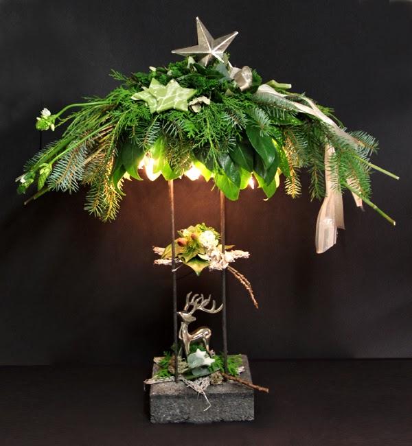 Bloemschikken Advent & Kerst - 9. Standaard