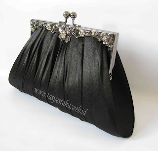 Clutch Bag dan Tas Pesta