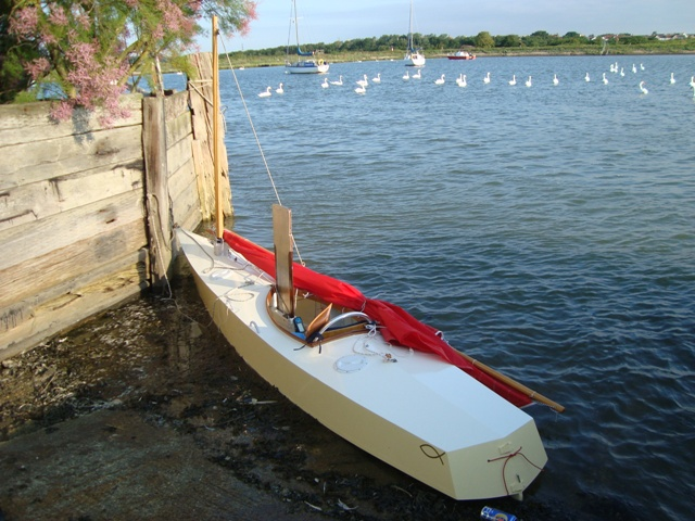 Log Canoe Sailing http://forum.woodenboat.com/showthread.php?13606-What-makes-a-good-sailing-canoe