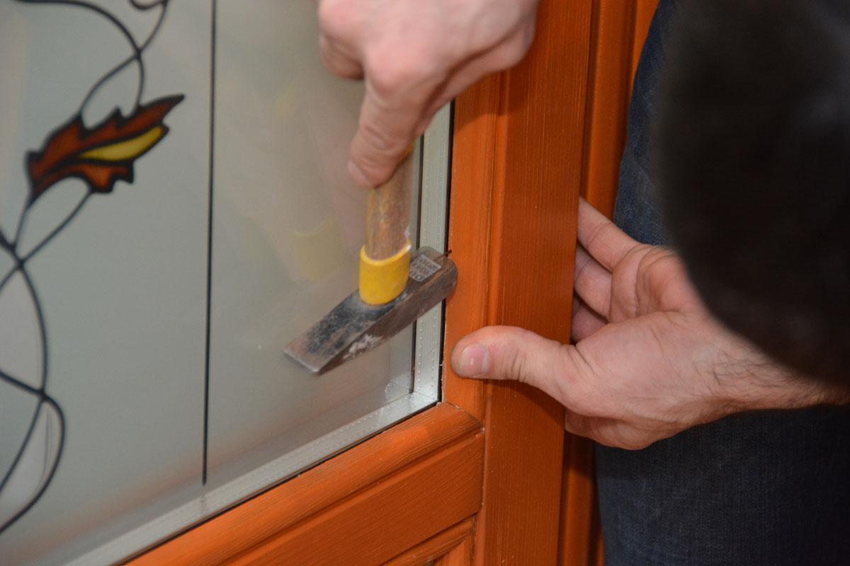 Замена стеклопакета в деревянных окнах своими руками 55