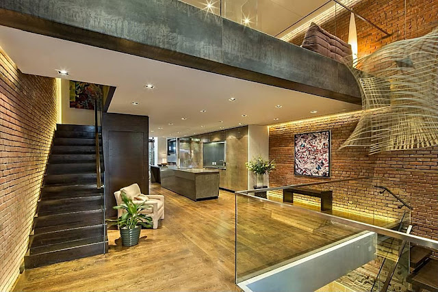 Upper floor of Modern Townhouse With Loft Design