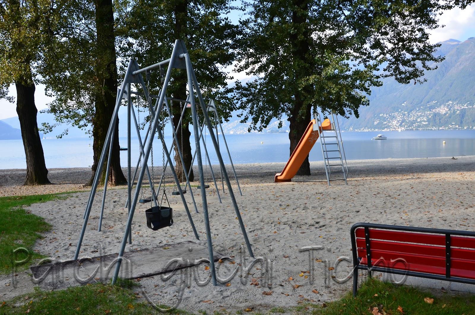 Parco giochi bagno pubblico \