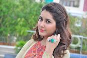 Rashi Khanna new glamorous photos-thumbnail-6