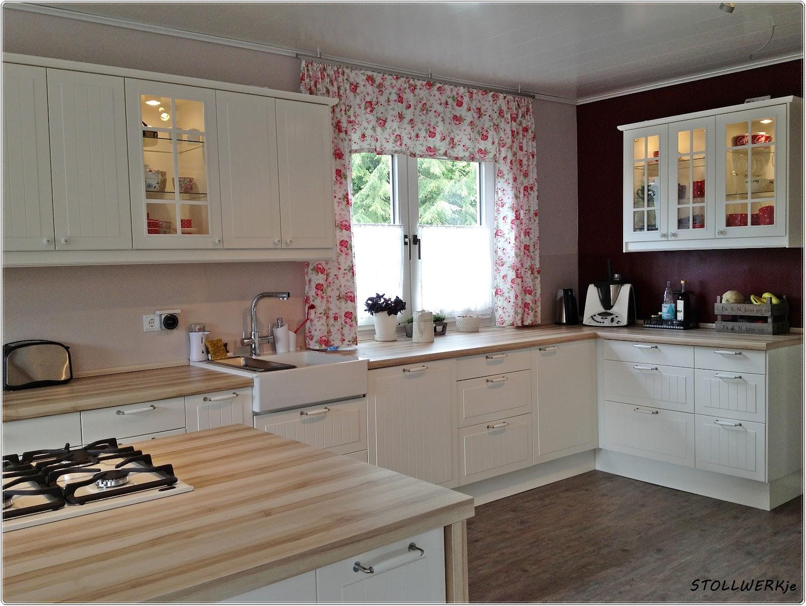 roller k chen landhaus. Black Bedroom Furniture Sets. Home Design Ideas