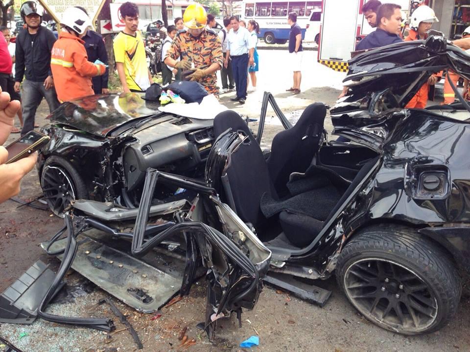 Kereta Rozaimi kemalangan
