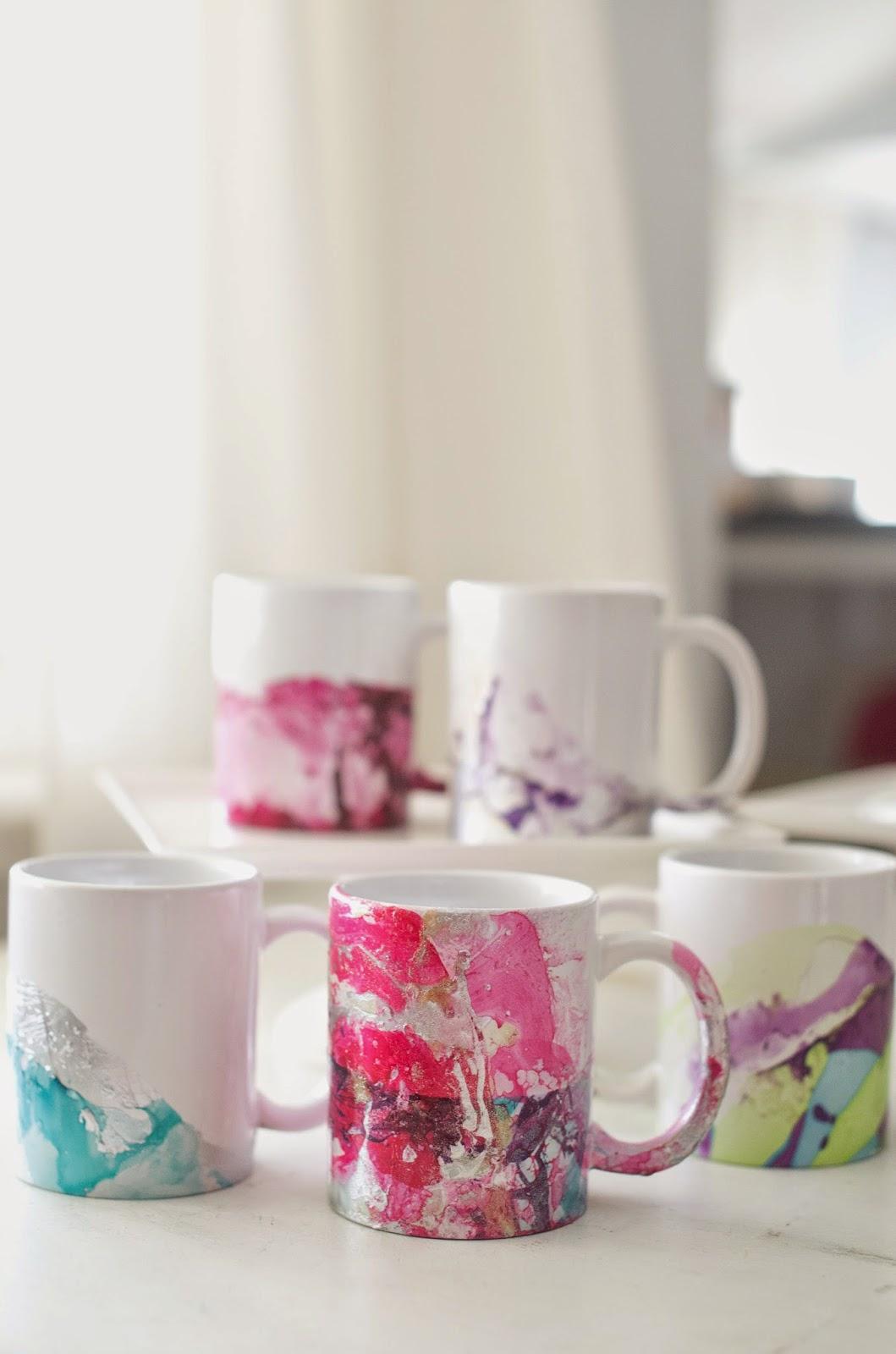 Domestic Fashionista: DIY Marbled Nail Polish Coffee Mugs