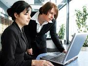Las diferencias entre salarios medios de hombres y mujeres llegan a un . (mujeres trabajando)