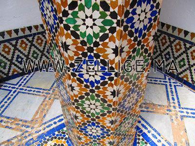 colonnes et riad en zellige traditionnel marocain du fes. Black Bedroom Furniture Sets. Home Design Ideas