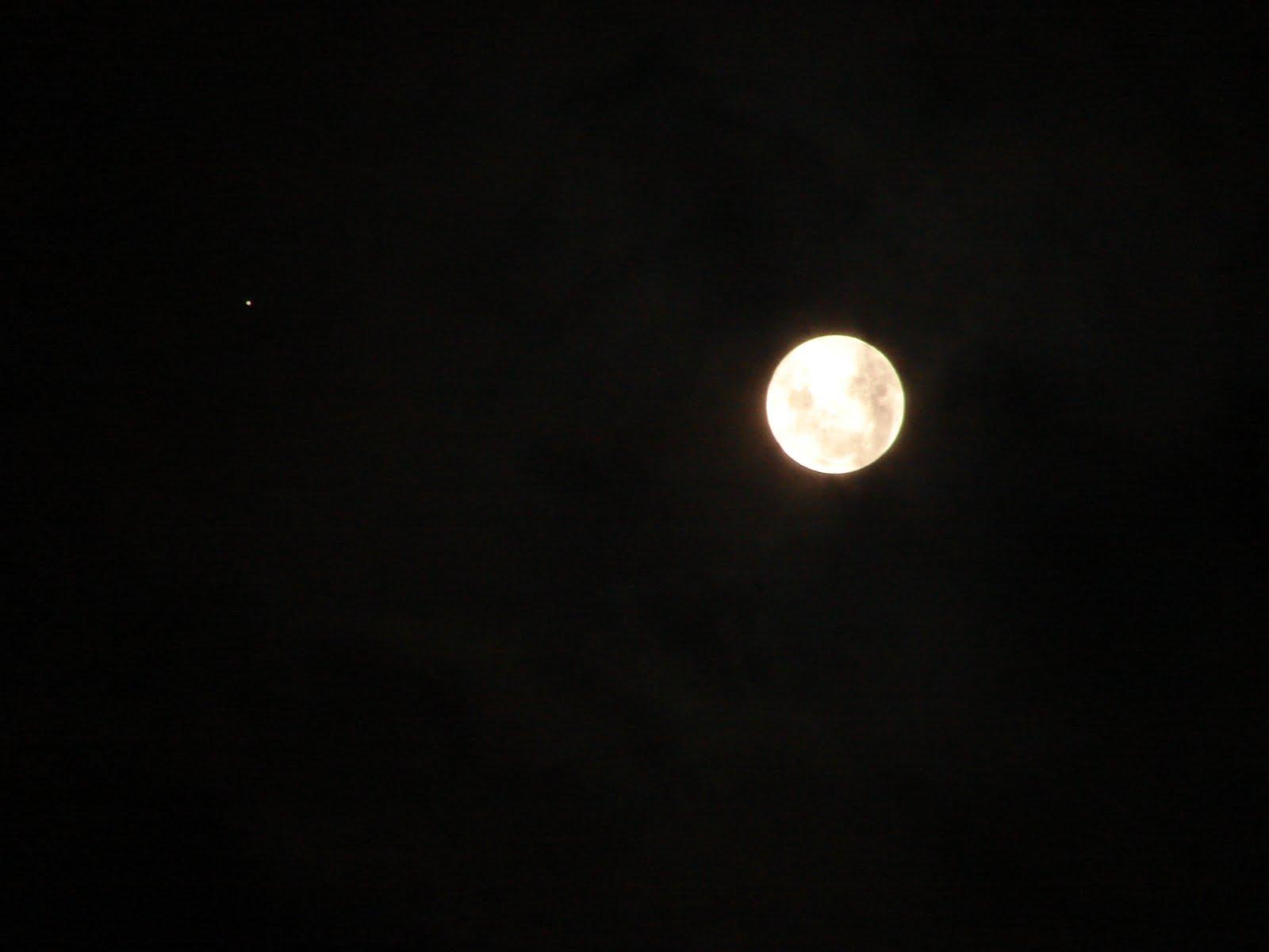 29-30-NOVIEMBRE-2012-La LUNA llena-ZAROS-145-alineada con Ovni,Eclipse lunar-lumbral-sec-UFO