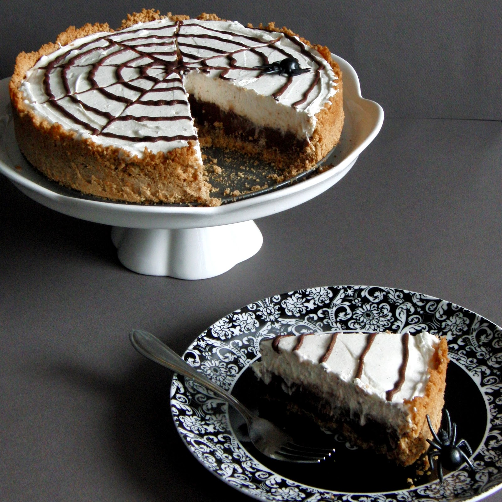 ... Pie for Halloween... Chocolate Caramel Cream Pie with a Chocolate