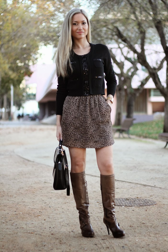 look do dia, look of the day, outfit, animal print, black, padrão animal, padrões, lantejoulas, paetês, camel, high boots, snake skin, píton, patterns, trends fall winter, tendências outono inverno 2013 2014, moda, fashion, blonde girls, blog de moda, portugal, style statement, estilo pessoal, streetstyle, personal stylist