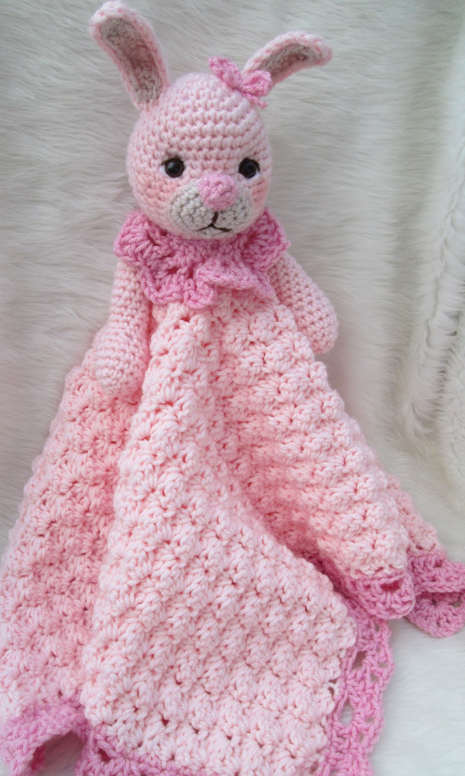 Free Crochet Pattern Huggy Blanket : Teris Blog: New Bunny Huggy Blanket Pattern