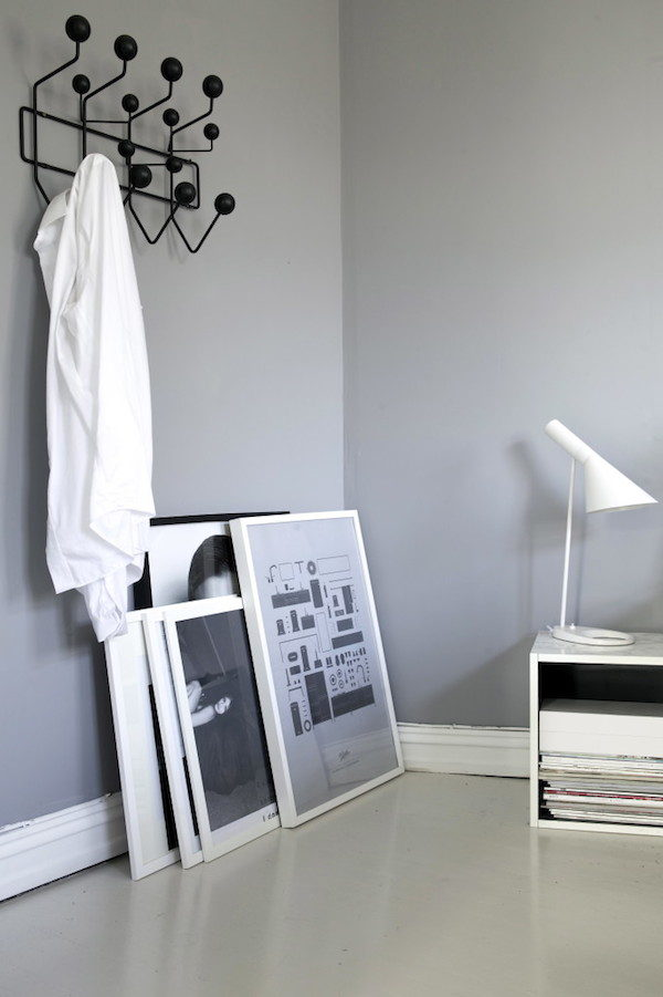 my scandinavian home a charming norwegian home in green grey and cognac. Black Bedroom Furniture Sets. Home Design Ideas
