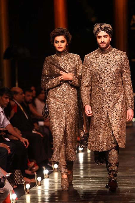 StyleSaaga: LAKME FASHION WEEK WINTER/FESTIVE 2013 ... Sabyasachi Lakme Fashion Week Winter Festive 2013