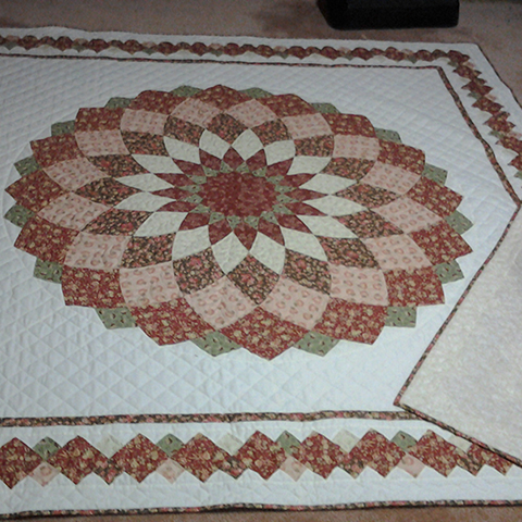 Craft Projects: Giant Dahlia Quilt : dahlia quilts - Adamdwight.com