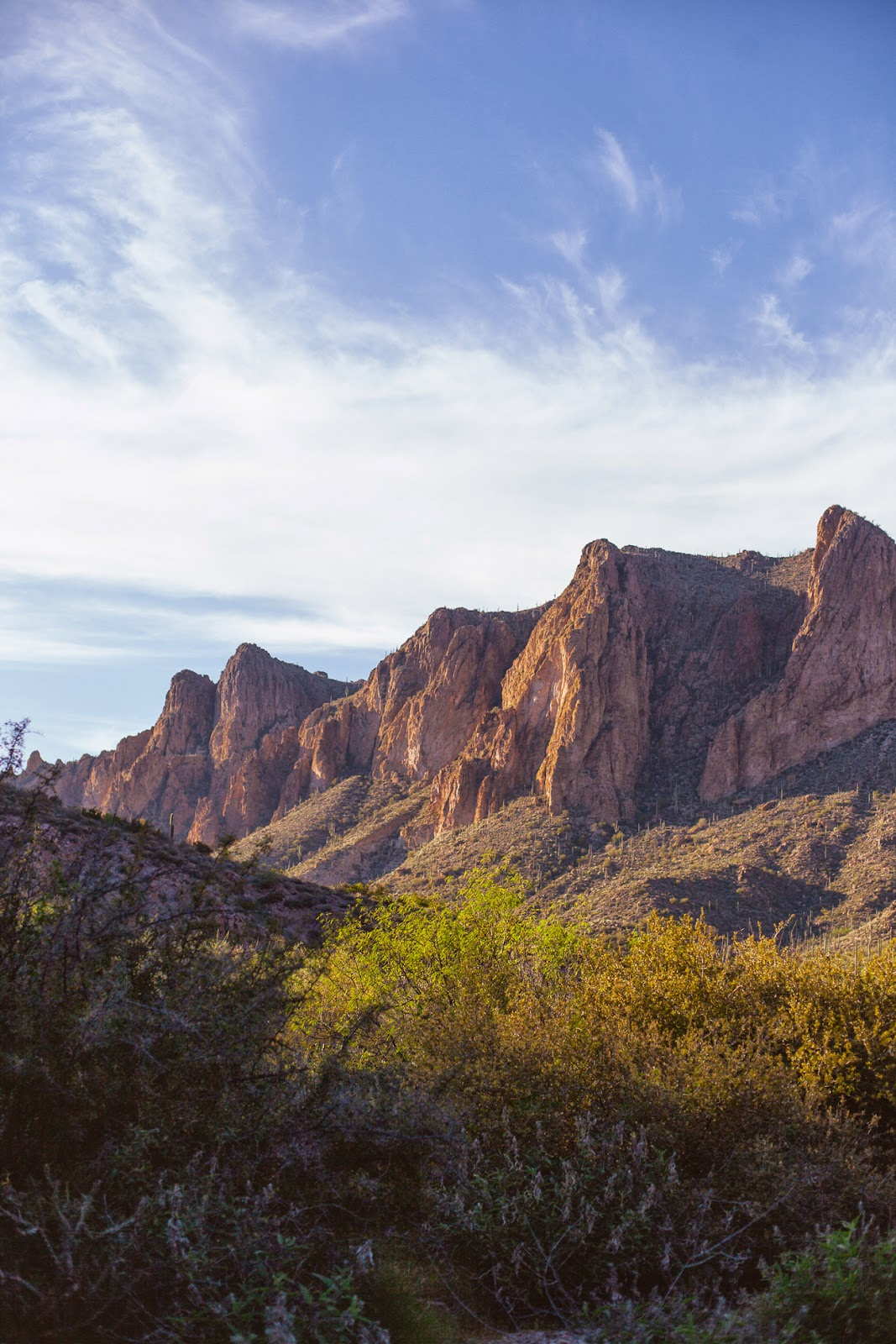 Superstition Mountains w/REI / blog.jchongstudio.com