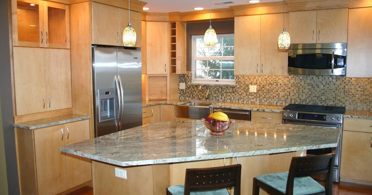 kitchen tile backsplash ideas with cream cabinets