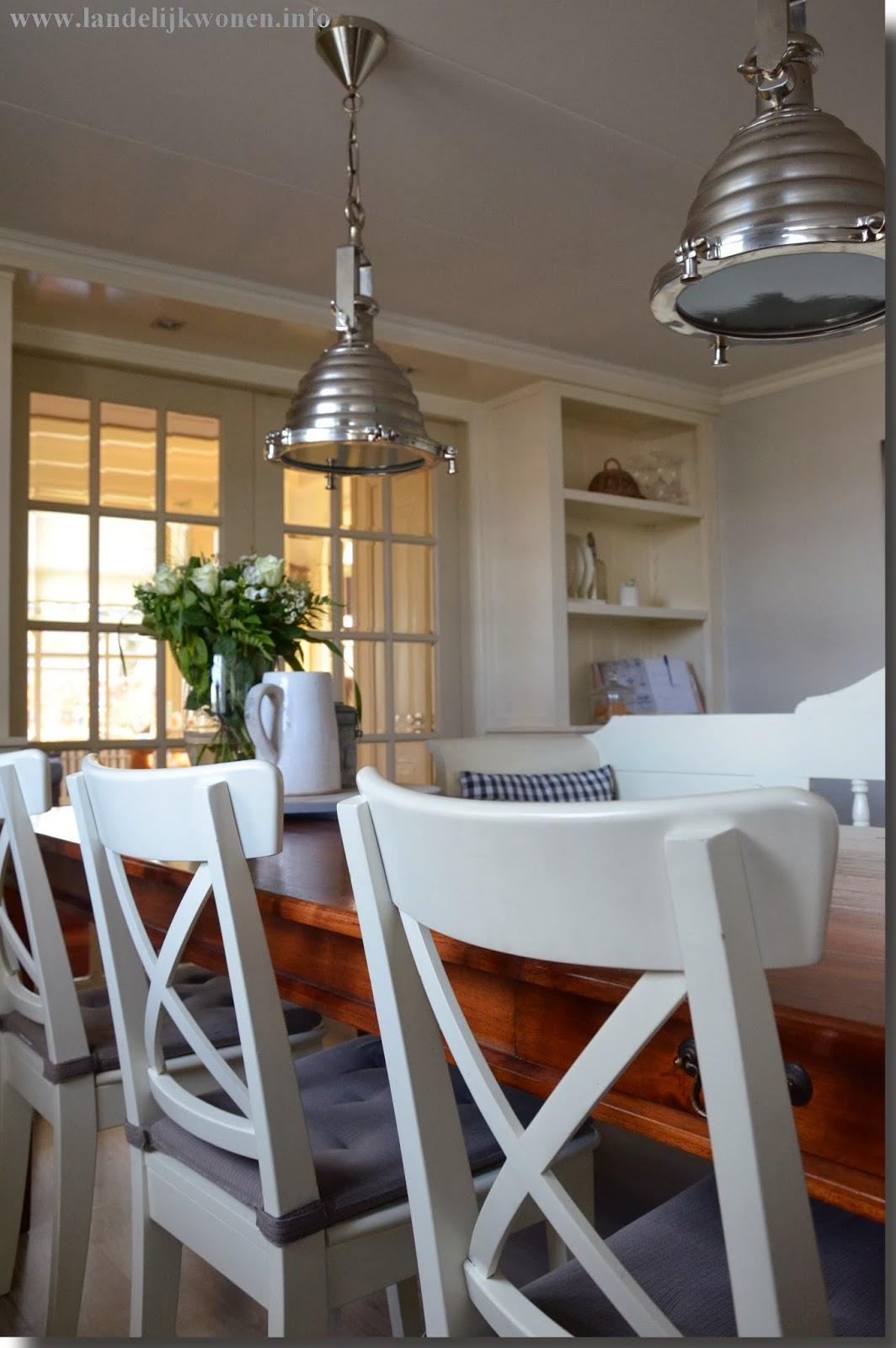 Landelijk wonen de eettafel in de woonkeuken onze for Landelijk wonen ideeen