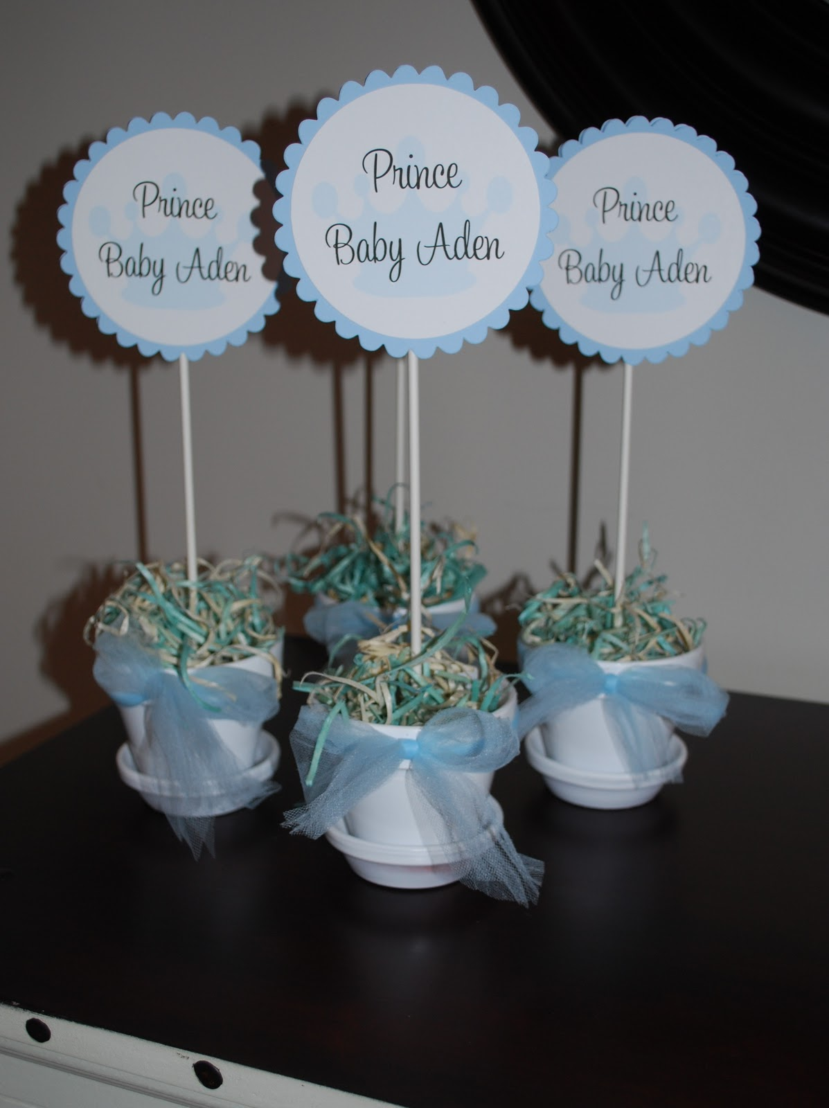 Sweet p parties prince baby shower for Baby shower centerpiece decoration