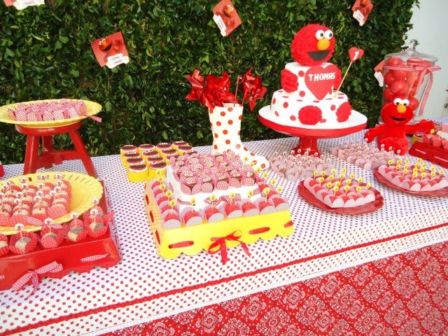 Party With A KTHE BLOG Tickle Me ELMO Birthday
