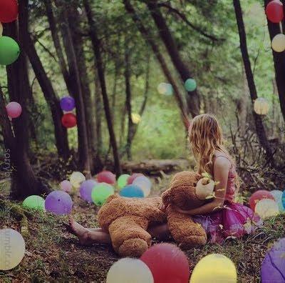 No esperes que tus sueños se hagan realidad por si solos,antes tienes que luchar por ellos