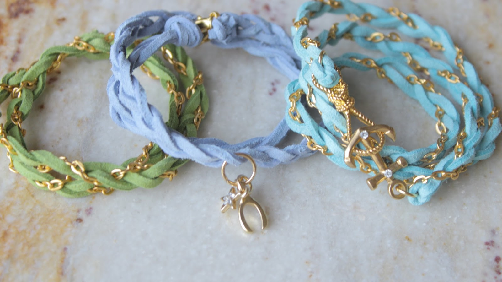 DeeElleLy: DIY Chain Bracelets - PASTEL Colors for the Spring/Summer ...
