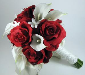 Red And White Wedding Flowers Theme Of The Day Red And White Bridal Bouquet