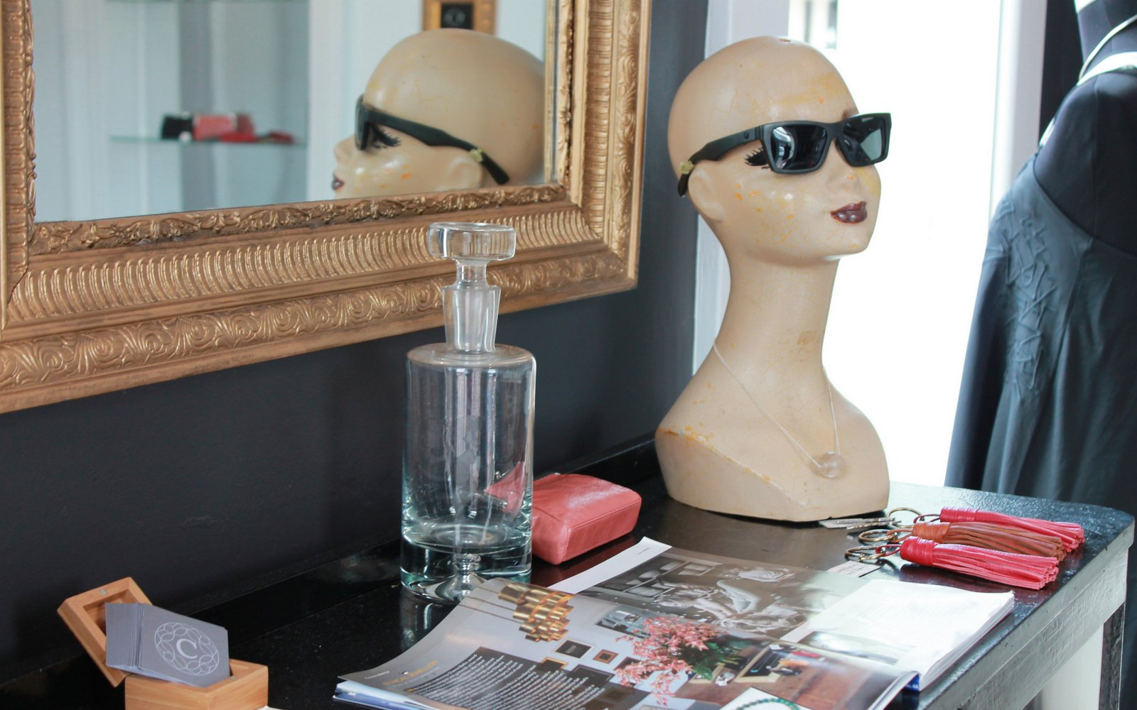 eat read love cornerstones jewellery milton nsw. Black Bedroom Furniture Sets. Home Design Ideas