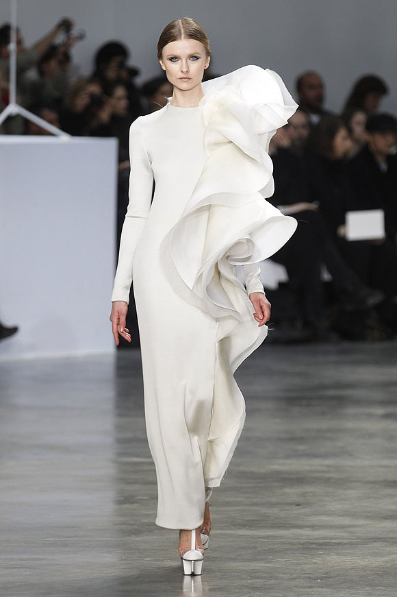 Runway report paris haute couture fashion week for New haute couture designers