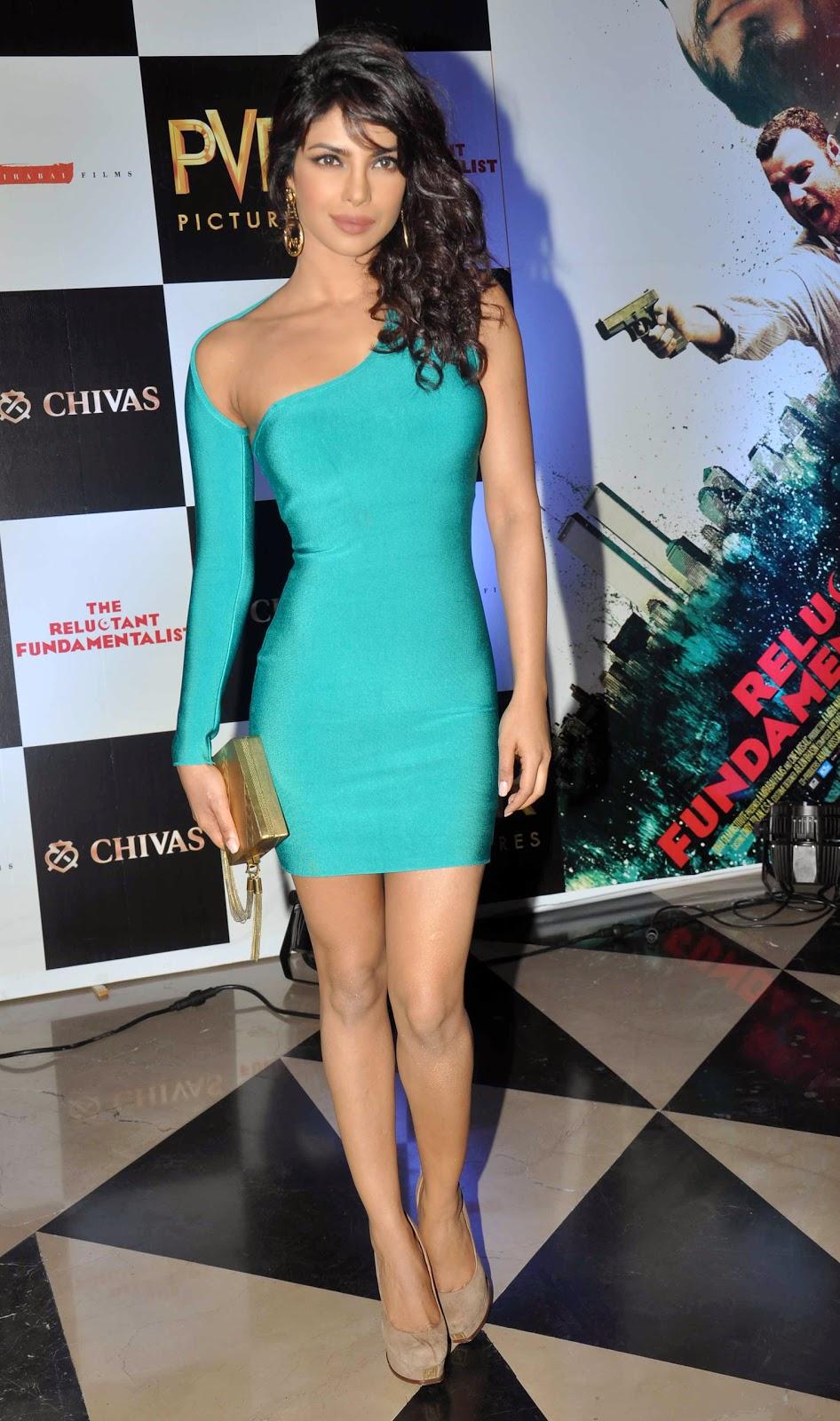 priyanka-chopra-in-tight-sky-blue-mini-dress-flaunting-her-hourglass-figure