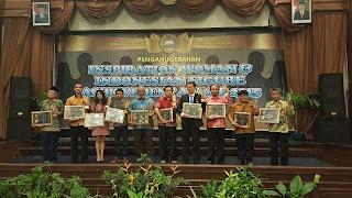 Dua Kali Terima Penghargaan Dari Lembaga Yang Sama, Agus Triharsito Ditasbihkan Sebagai Sosok Paling Inspiratif 2015