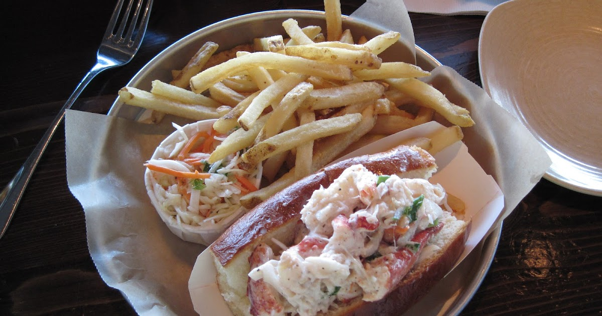 On A Roll: Legal Seafood - Harborside: Corporate Lobster Roll