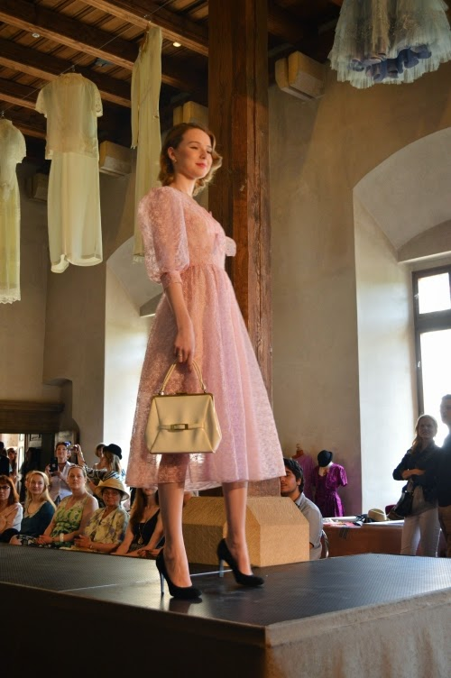 fashion show, prague vintage fair 2014, dress, pink