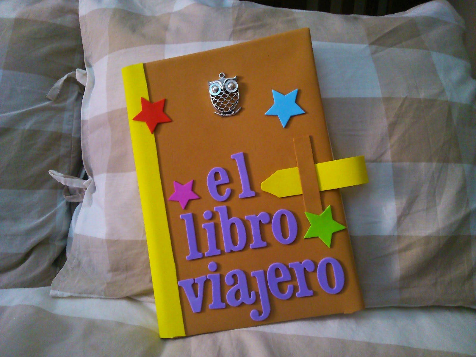 In each of us there is a little of all of us el gran libro viajero - Ideas libro viajero infantil ...