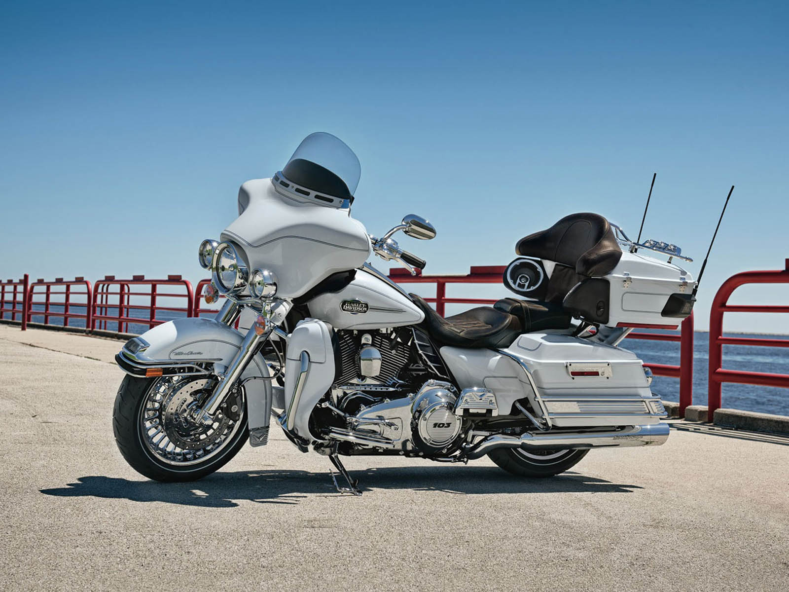 Wallpapers harley davidson ultra classic electra glide flhtcu bike harley davidson ultra classic electra glide flhtcu bike wallpapers voltagebd Images