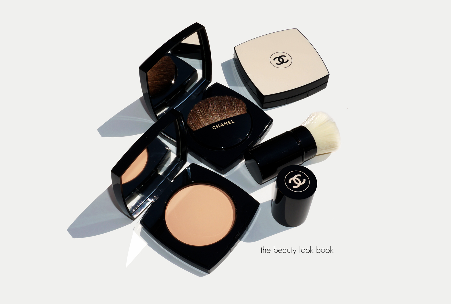 chanel les beiges healthy glow sheer colour spf 15 powders n 20 30 and 40 the beauty look book. Black Bedroom Furniture Sets. Home Design Ideas