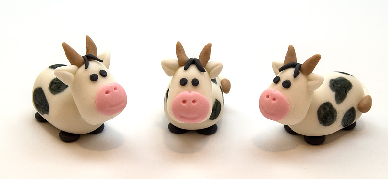 Cow fondant figurines