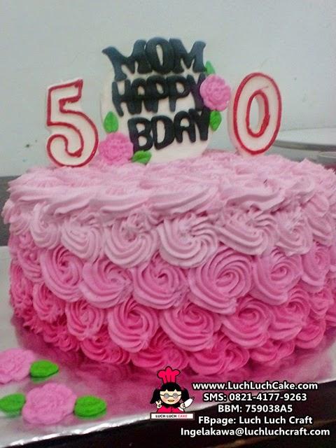 Kue tart ulang tahun untuk mama