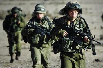 Negara-negara yang Izinkan Perempuan Berperang