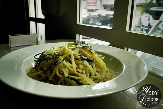 Aglio Olio at The Round Table Kapitolyo Pasig