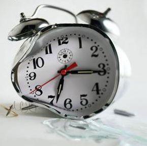 Resultado de imagem para relógio parado