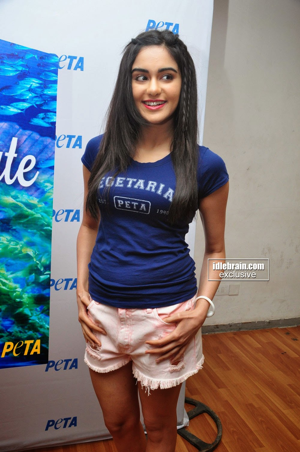 Adah Sharma in tiny light pink Shorts and Chest Print Blue T-Shirt Lovly Beauty