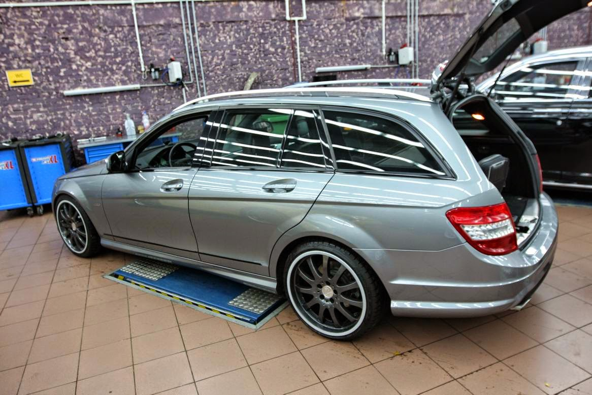 mercedes benz w204 estate on carlsson wheels benztuning. Black Bedroom Furniture Sets. Home Design Ideas